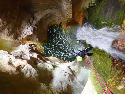 Canyoning Canneloni (6h), Tremosine
