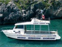 Boat rental for animals