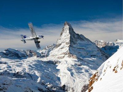 Volo in aereo sul Monte Cervino (30 minuti)
