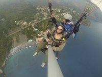 Volo in parapendio biposto sulla costa di Maratea