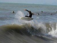 Adrenalina pura con il surf