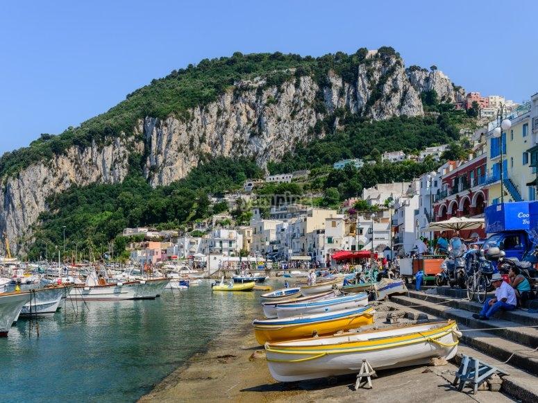 Disembarking in Capri