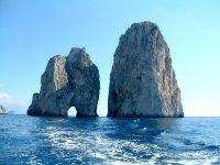 Escursioni in barca a Capri di 9 ore