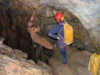 Alla scoperta con la speleologia