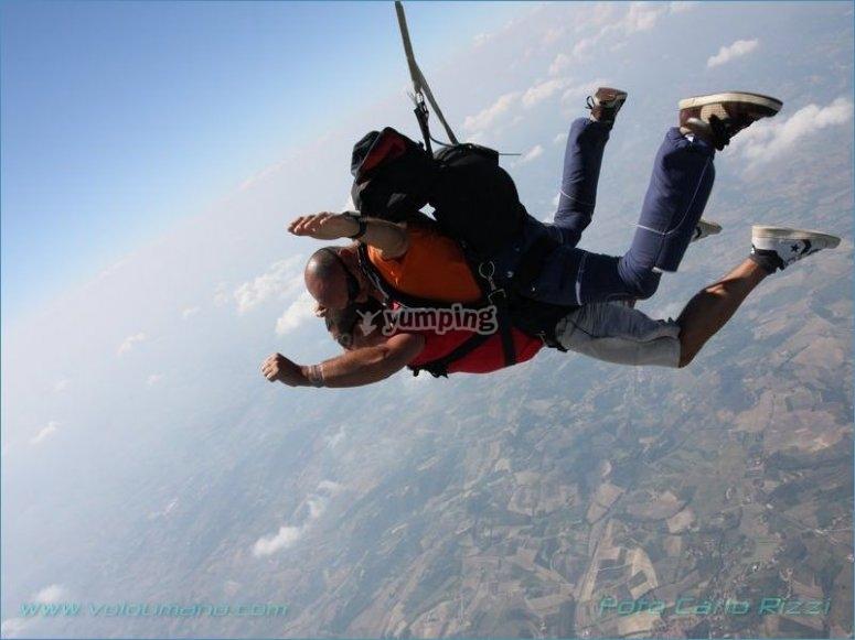 Free fall by parachute