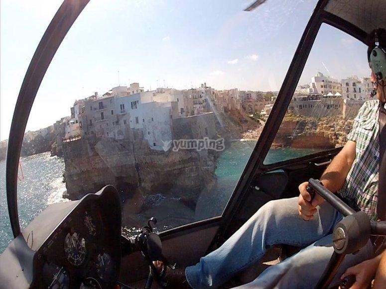 In volo su Polignano a Mare