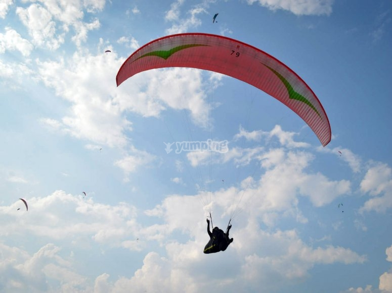 volando nel cielo