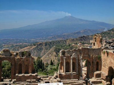 Gita guidata Etna e Taormina, giornata intera