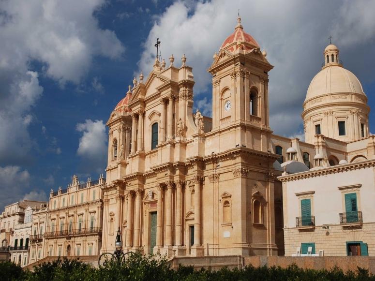 noto e la Sicilia