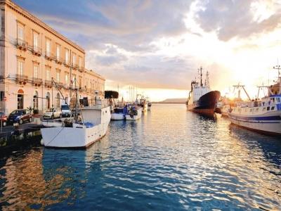 Gita in Barca da Malta a Siracusa  in giornata