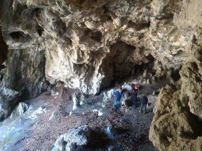 Mountain Guide UIAGM/IFMGA Speleologia