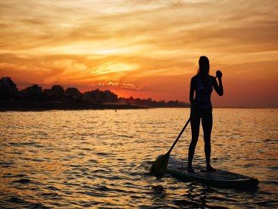Noleggia tavola da paddle surf per 1h a Gallipoli