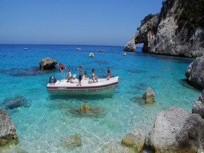 Escursione in barca all'isola di Patti di 3ore