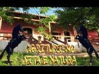 Scuola di Equitazione Vita e Natura Passeggiate a Cavallo
