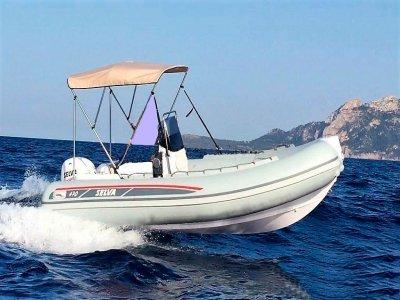 Affitta Gommone 7,50 metri a Messina con patente