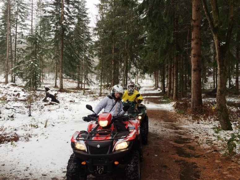sui quad in inverno
