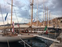 Exclusive Sailing Yachts