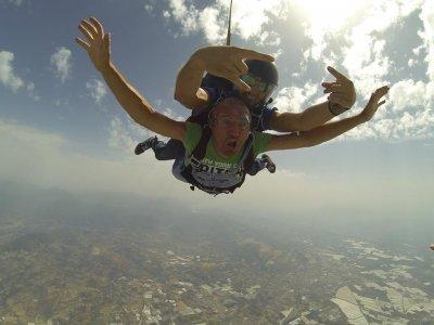 Volo tandem in paracadute + video, Pontecagnano