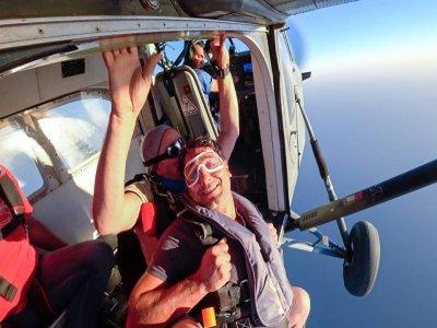 Volo tandem in paracadute, Pontecagnano