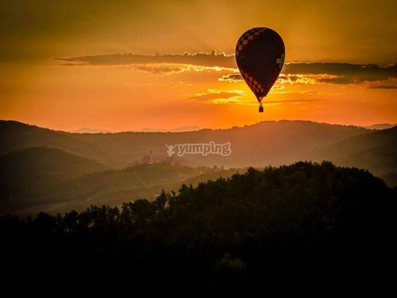 Alba o tramonto?Vola con noi e vedrai scenari mozzafiato