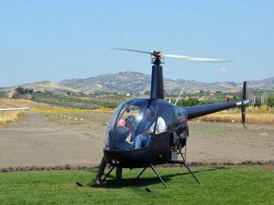 Volo in Elicottero di 25 minuti su Menfi