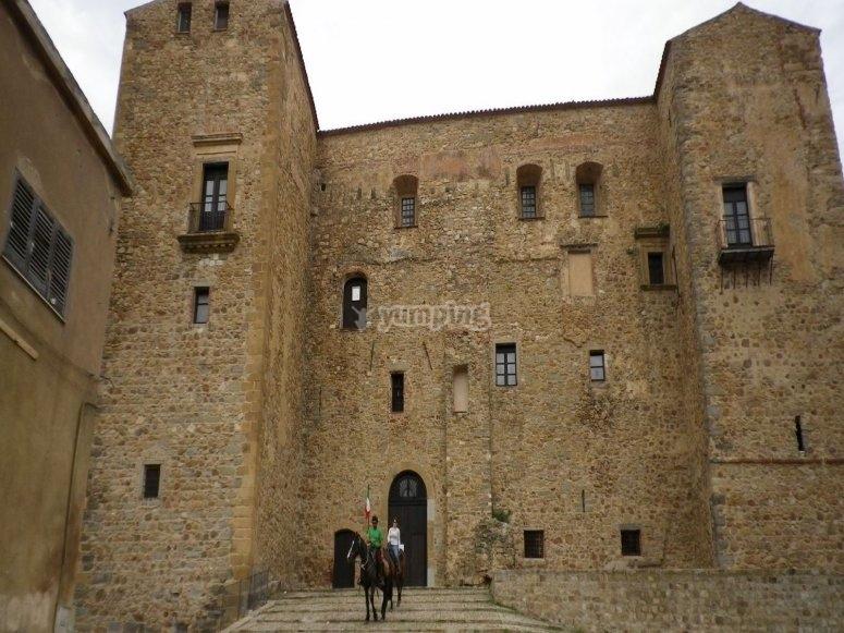 Il castello di castelbuono