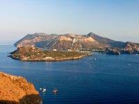 Excursion Lipari / Vulcano (11 hours - children)