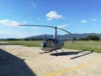 elicottero pronto al decollo
