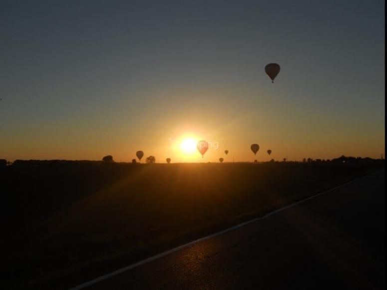 volare in mongolfiera alle prime luci dell'alba