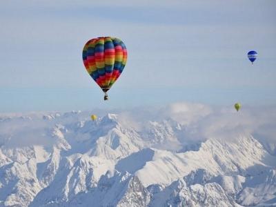 Volo in mongolfiera per 2 sulle Alpi per 3 ore