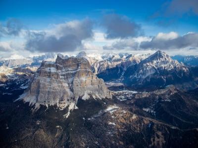Volo in mongolfiera di 3 ore sulle Dolomiti