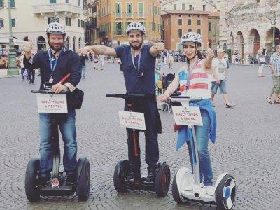 Giro turistico di due ore a Verona in Segway