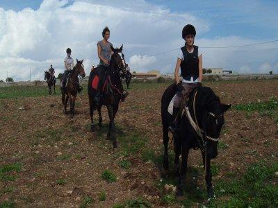 Passeggiata a cavallo ( mezza giornata), Ragusa