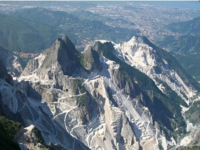 Tour elicottero su Versilia e Alpi Apuane75 minuti