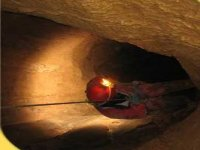 Calandosi in grotta