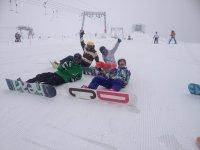le lezioni collettive di snowboard ti stupiranno