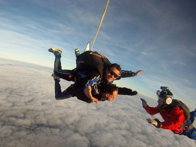 Lancio paracadute tandem con video 1 ora Torino