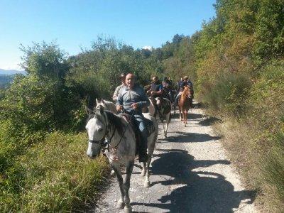 Trekking a cavallo(1gg) + pranzo, L'Aquila