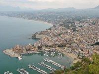 Vista aerea della costa siciliana