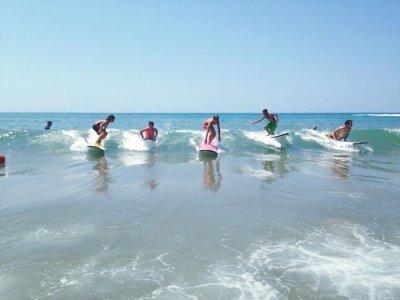 TNT surf school