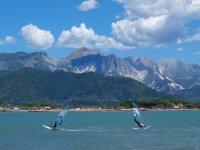 Kau kau school windsurf en La Spezia