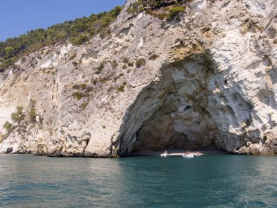 Half day boat tour of the Garganiche Caves