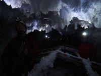 Nelle grotte!