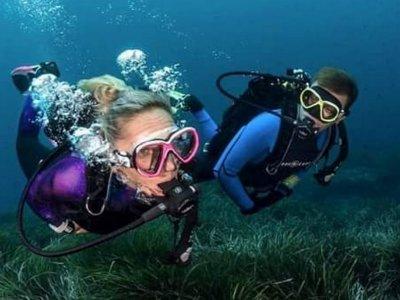 Open Water Diver certification in Milan