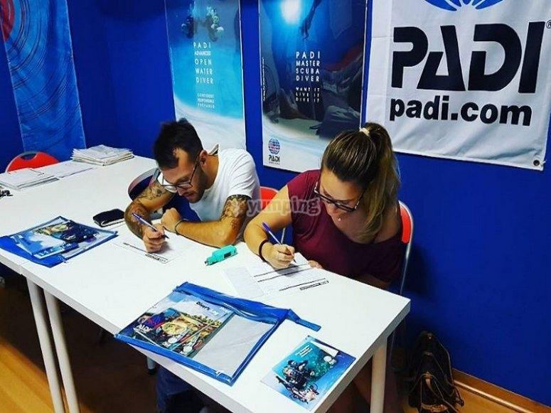 Corso teorico e pratico di Rescue Diving PADI