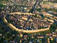 la citta circondata dalla mura