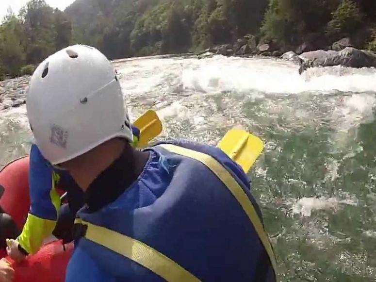 Avventura in canoa nel fiume Sesia
