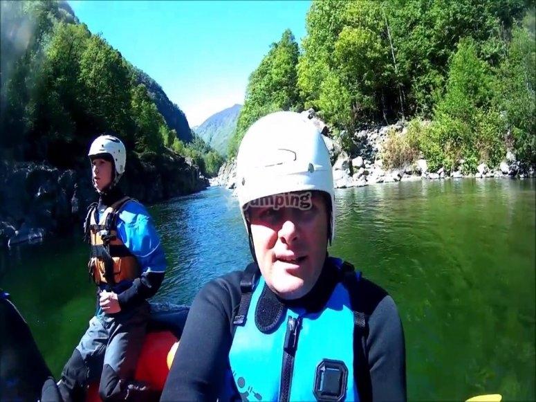 Quattro ore in canoa in gruppo partendo da Balmuccia