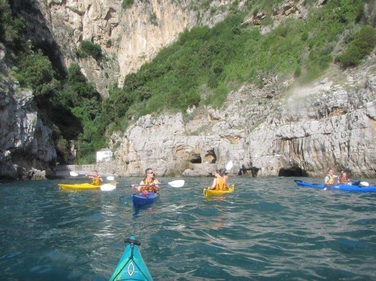 Una giornata in canoa in Campania