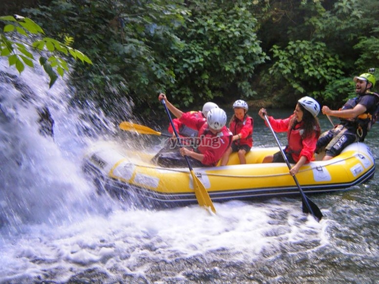 three hours of Rafting in the Tanagro river